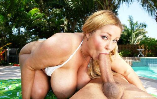 Mature salope veut se venger de son ex mari 40